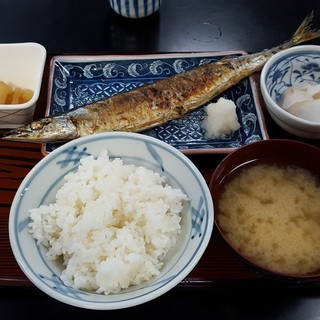 ___________________Set_mael_of_pacific_saury_.jpg