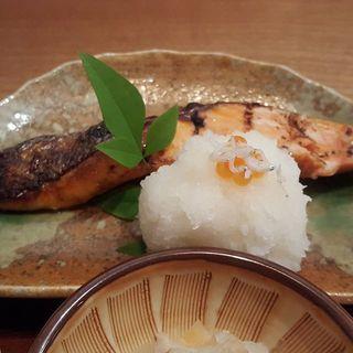 __________Grilled_salmon_marinated_in_sake_le.jpg