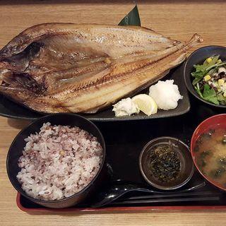 ________________________________Grilled_fish_.jpg